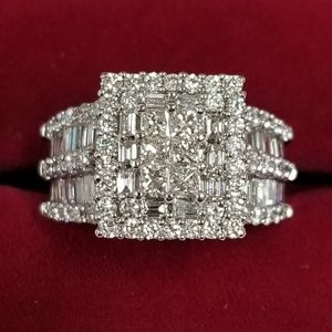 14k White Gold Diamond Wedding Statement Ring